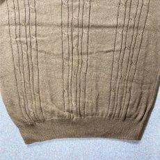 画像11: 「NAUTICA(ノーティカ)」キャメル ワンポイント刺繍 ケーブル クルーネック ニット (11)