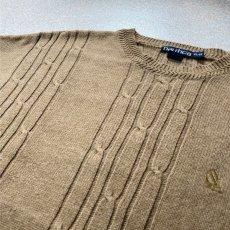 画像15: 「NAUTICA(ノーティカ)」キャメル ワンポイント刺繍 ケーブル クルーネック ニット (15)