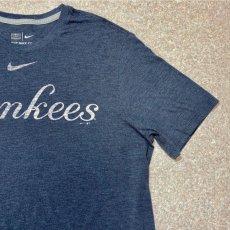 画像4: 「NIKE(ナイキ)」MLB ニューヨークヤンキース NEW YORK YANKEES 杢チャコール Tシャツ (4)