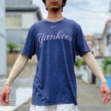 画像16: 「NIKE(ナイキ)」MLB ニューヨークヤンキース NEW YORK YANKEES 杢チャコール Tシャツ (16)
